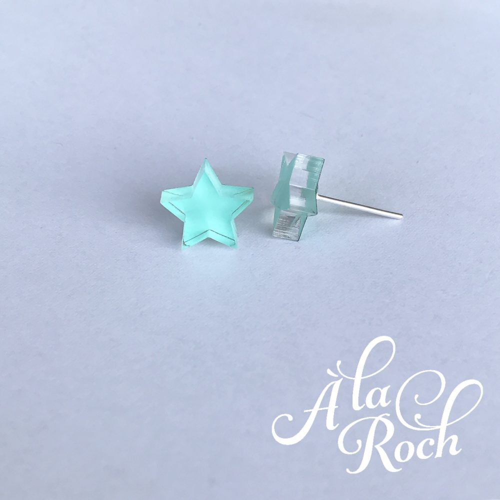 Star stud earrings -